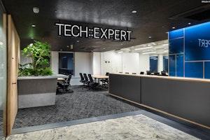 TECH::EXPERT 渋谷アジアビル9F校 のサムネイル