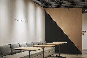 人と情報のクロスポイント(前編)――企業と共にアップロードしていくオフィス空間 のサムネイル
