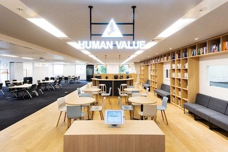 """設計前のコミュニケーションとプロセス設計が鍵 ――「HUMANVALUE」と実践した""""参加型""""オフィスデザイン のサムネイル"""